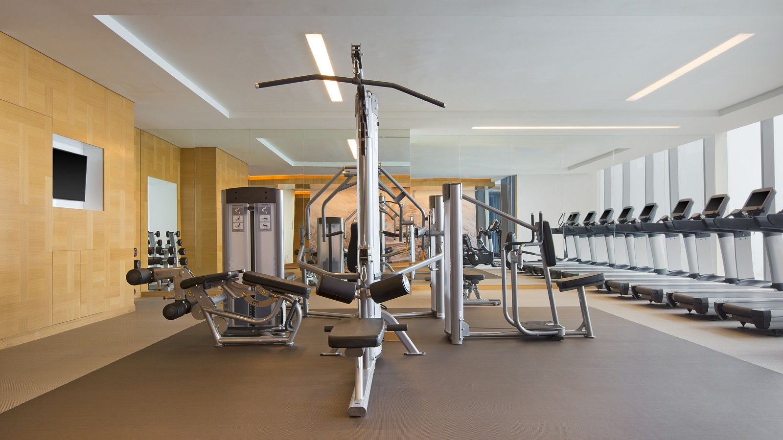 Singapore hotel gym westinworkout fitness studio the for Gimnasio fitness studio